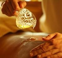olio, massaggio, ayurveda