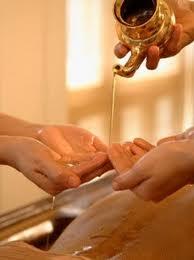 miele, massaggio, ayurveda